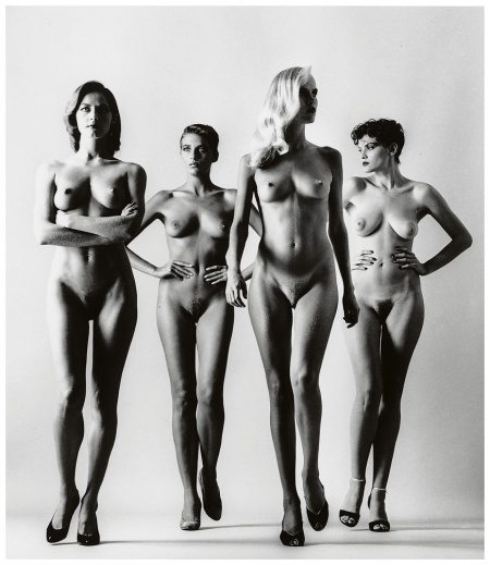 sie-kommen-dressed-sie-kommen-nude-paris-aka-models-nude-and-dressed-photo-helmut-newton1