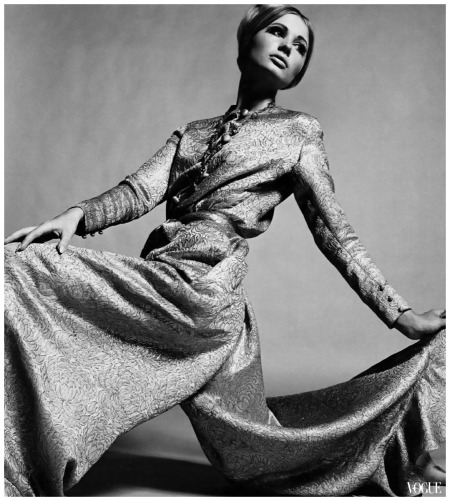 a-culotte-skirted-pyjama-dress-in-pink-and-gold-lamc3a8-photo-david-bailey-1964 Dior Haute Couture Archive Vogue UK