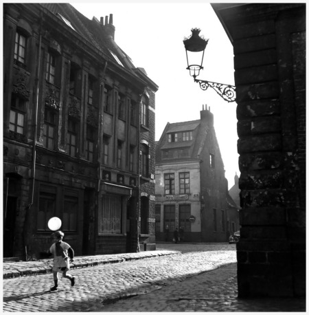 An old district of Lille, France in 1951 Photo Robert Doisneau