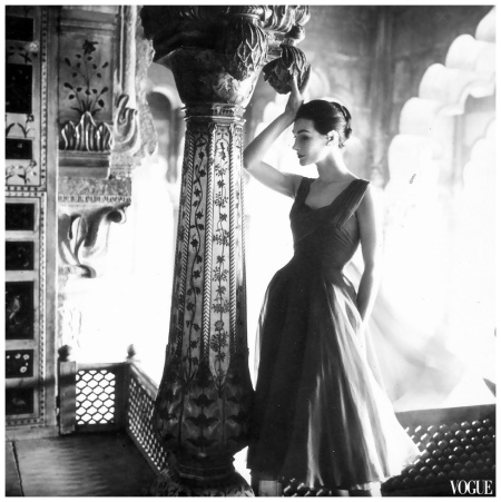 Anne Gunning in dress by Susan Small, photo by Norman Parkinson (India feature) for Vogue UK, Dec. 1956