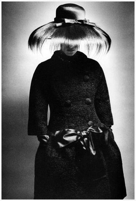 Fashion photo for Queen Magazine by Jeanloup Sieff, London, 1961