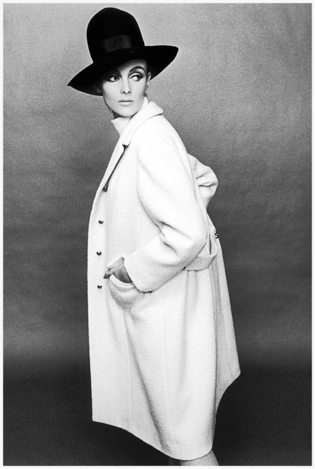 Grace Coddington, Harper's Bazaar, April 1964 Photo Ternce Donovan