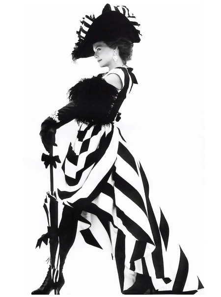 Michelle Pfeiffer as Eliza Doolittle. Ph. Herb Ritts/Vogue October 1991