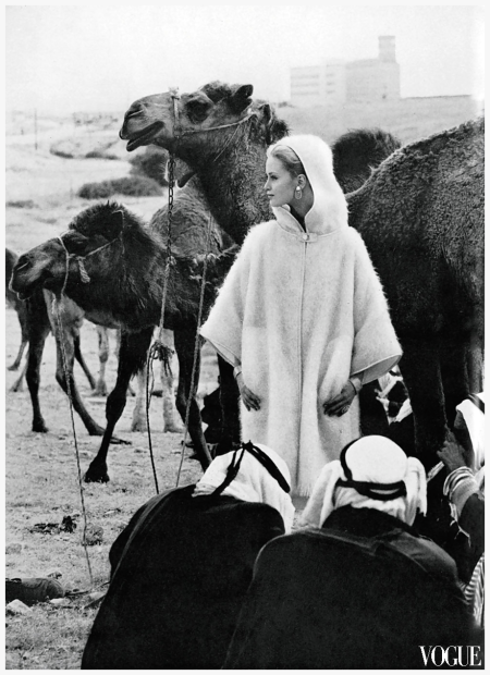 Photo Eugène Vernier - Celia Hammond in Beesheba camel market Vogue, July 1962