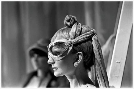 Photo Neal Bounzi NYT 1965 - Goggles were combined with Vidal Sasson curls in a fashion show