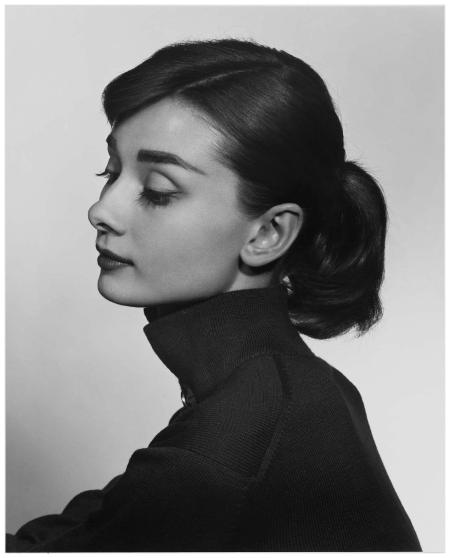 Yousuf Karsh - Audrey Hepburn, 1956