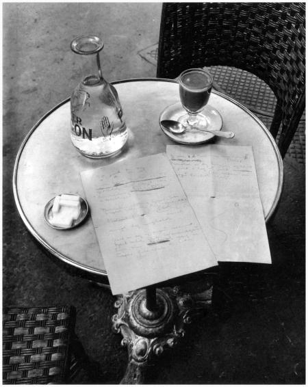 André Kertész - Paris, 1927