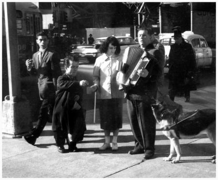 André Kertész  Sixth Avenue, New York, 1959