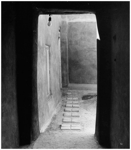 Door to Patio, O'Keeffe's House, Abiqui, New Mexico, 1981 - Todd Webb