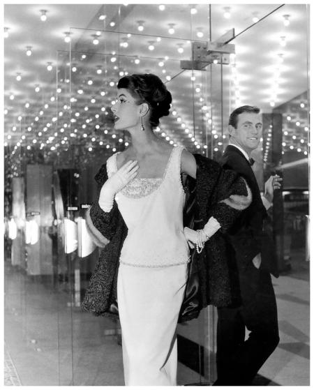 Gitta Schilling, Berlin, photographed for Saison-Journal, 1957