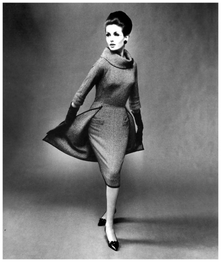 Gitta Schilling in an afternoon dress by Staebe-Seger, Berlin, published in Constanze Mode, Fall:Winter 1961:62