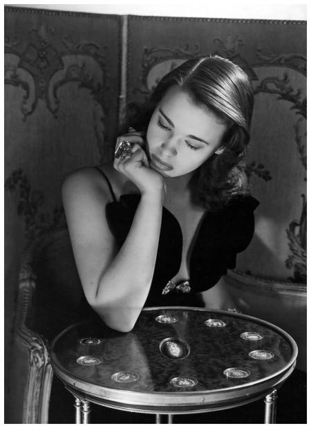 Gloria Vanderbilt age 17, photo by Horst P. Horst, New York 1941