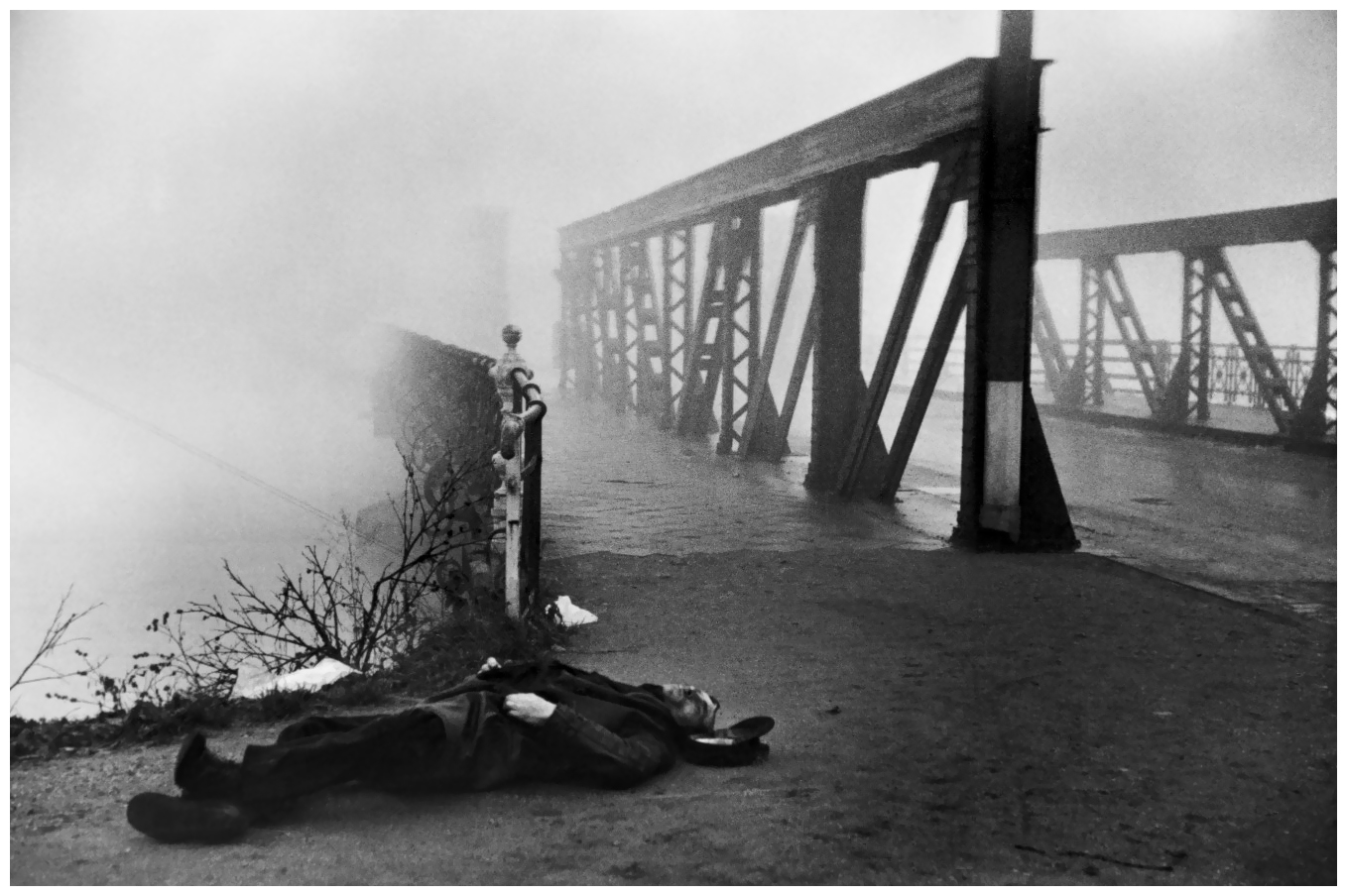 henri cartier bresson photo essay Henri cartier-bresson: the modern century - essay example not dowloaded yet extract of sample henri cartier-bresson i was particularly moved at how cartier.
