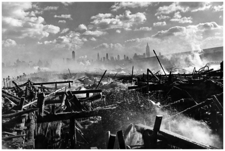 Henri-Cartier Bresson - The Hudson and Manhattan, New York 1946