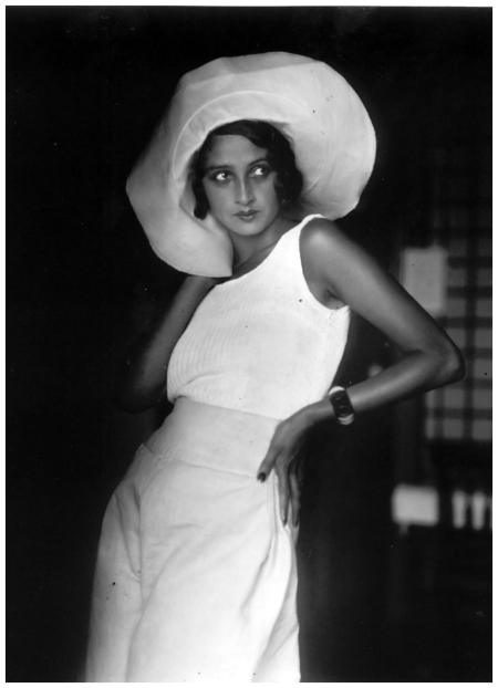 Jacques-Henri Lartigue, Renée, Biarritz, 1930