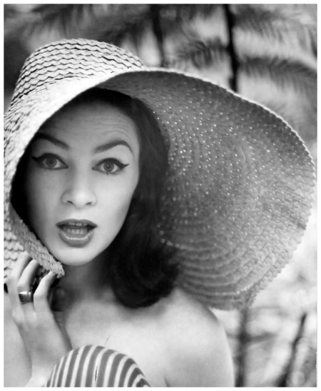 model portrait of Helen Homewood in wide brimmed hat and ring, photograph by Bruno Benini, Melbourne, Victoria, Australia, 1957