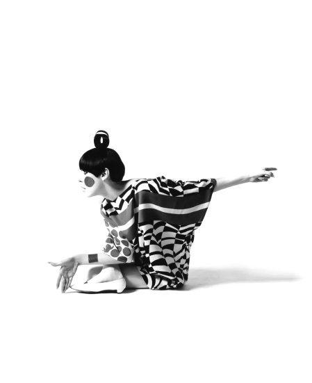 Peggy Moffitt Total-Look
