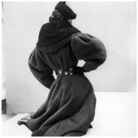 Photo Henry Clarke 1950's Gigi wearing Jacques Griffe