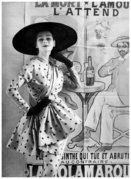 Photo Henry Clarke - Anne Gunning wearing Jacques Heim, 1951