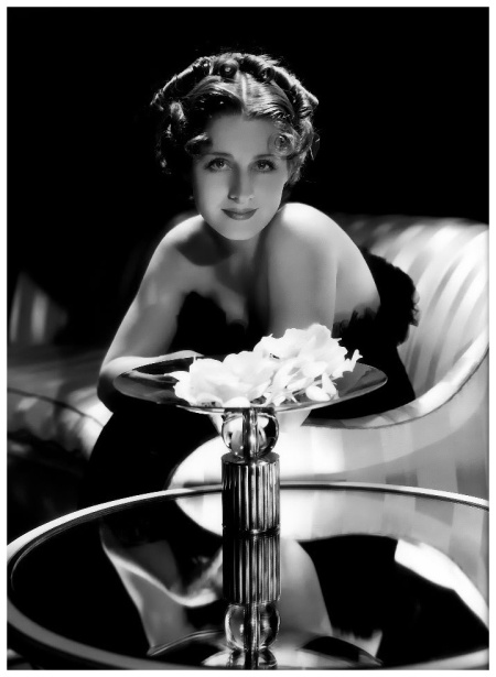 Photo of Norma Shearer by George Hurrell 1934