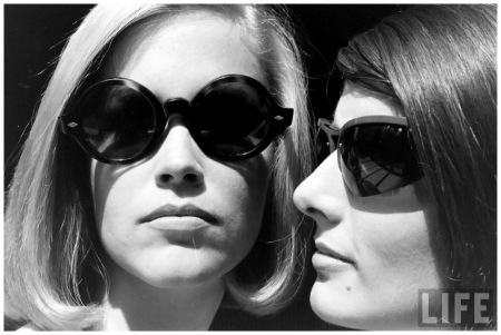 Photo Yale Joel Sun Glasses 1963
