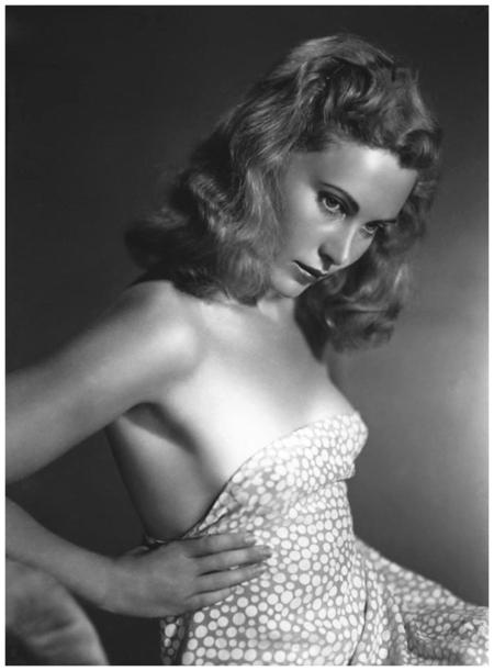 Adriana Benetti actress 1941 - Foto Arturo Ghergo