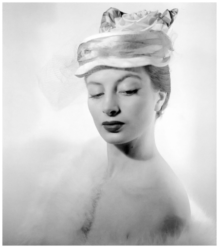 Capucine, photo by Georges Dambier