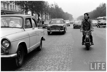 Elsa Martinelli moto