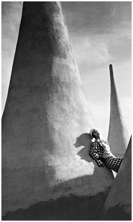 Fashion photo by Jeanloup Sieff, Harper's Bazaar, 1964