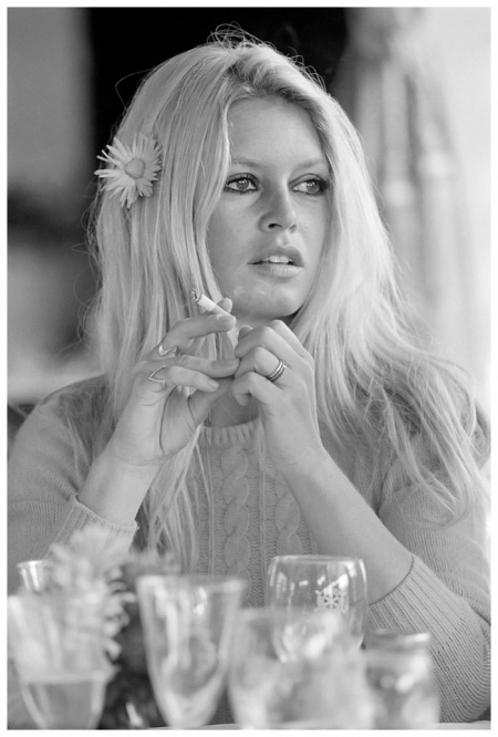 French actress Brigitte Bardot with a flower in her hair on the set of 'Shalako', directed by Edward Dmytryk, 1968. (Photo by Terry O'Neill:Hulton Archive:Getty Images) 1968