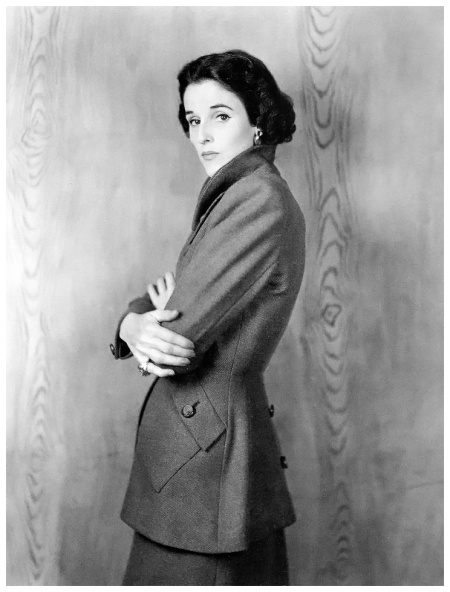 Barbara %22Babe%22 Cushing Mortimer Paley (July 5, 1915 – July 6, 1978) wearing suit by Digby Morton, photo by Clifford Coffin, London, August 1946