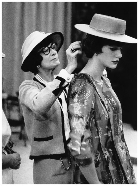 Chanel with her mannequin Paule Rizzo (née Gluckson), photo by Willy Rizzo, 1955