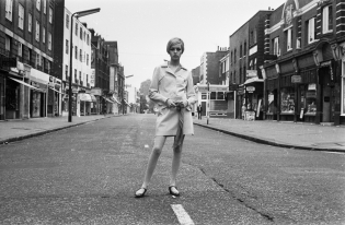 Twiggy in the King's Road, London, 1966
