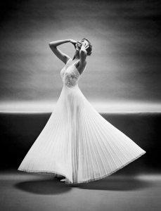 "Fashion"" Model wearing a Vanity Fair gown 1952 Photo Mark Shaw b"