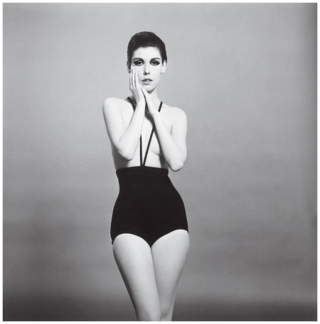 Photo William Claxton - Courtesy of Demont Photo Management Peggy Moffitt modeled Gernreich's bikini (fitted with suspenders but no top) 1964