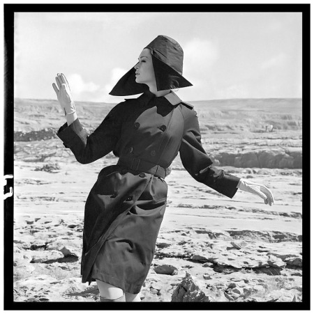 Marie Lise Gres, photo by Brian Duffy, Ireland, Vogue 1962