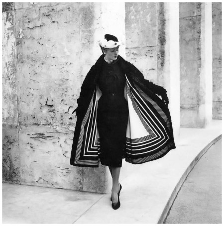 Model in day ensemble from Jacques Fath's Autumn collection of 1951, photo by Willy Maywald