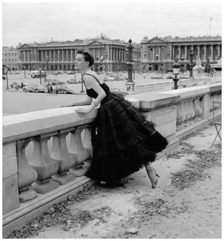 Model in tulle confection by Jacques Griffe, photo by Willy Maywald, Paris, 1958