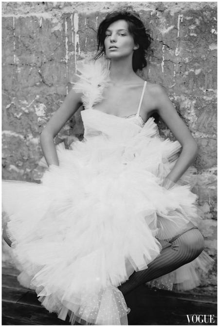Daria Werbowy Vogue - Paolo Roversi 2007 b