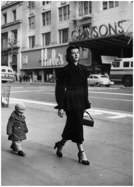 Dorothea Lange Consumer relations, San Francisco, 1952