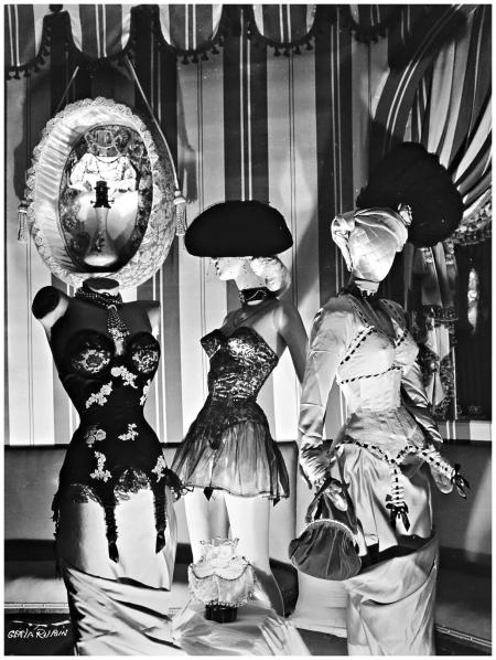 Fashion photo, 1938 Genia Rubin b5a