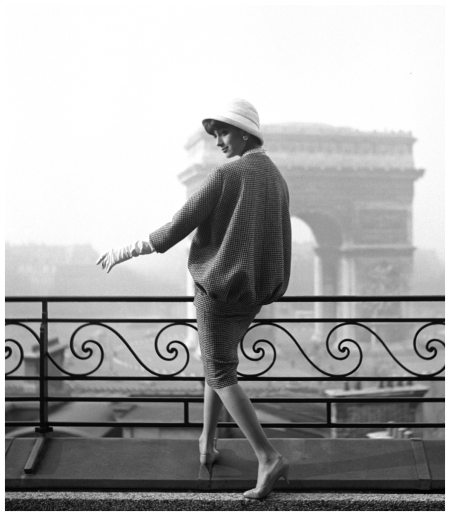 Photo Georges Dambier Marie Helene Arnaud Arc De Triomphe Magazine Elle 1958