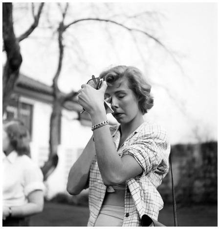Stanley Kubrick, Dailies of a rising star Betsy von Fürstenberg, 1950 x