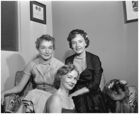 Nina Foch (left) sits with co-stars Veronica Lake (centre), and Madge Evans during the production of an episode of the CBS anthology series Studio One, September 8 - 1952