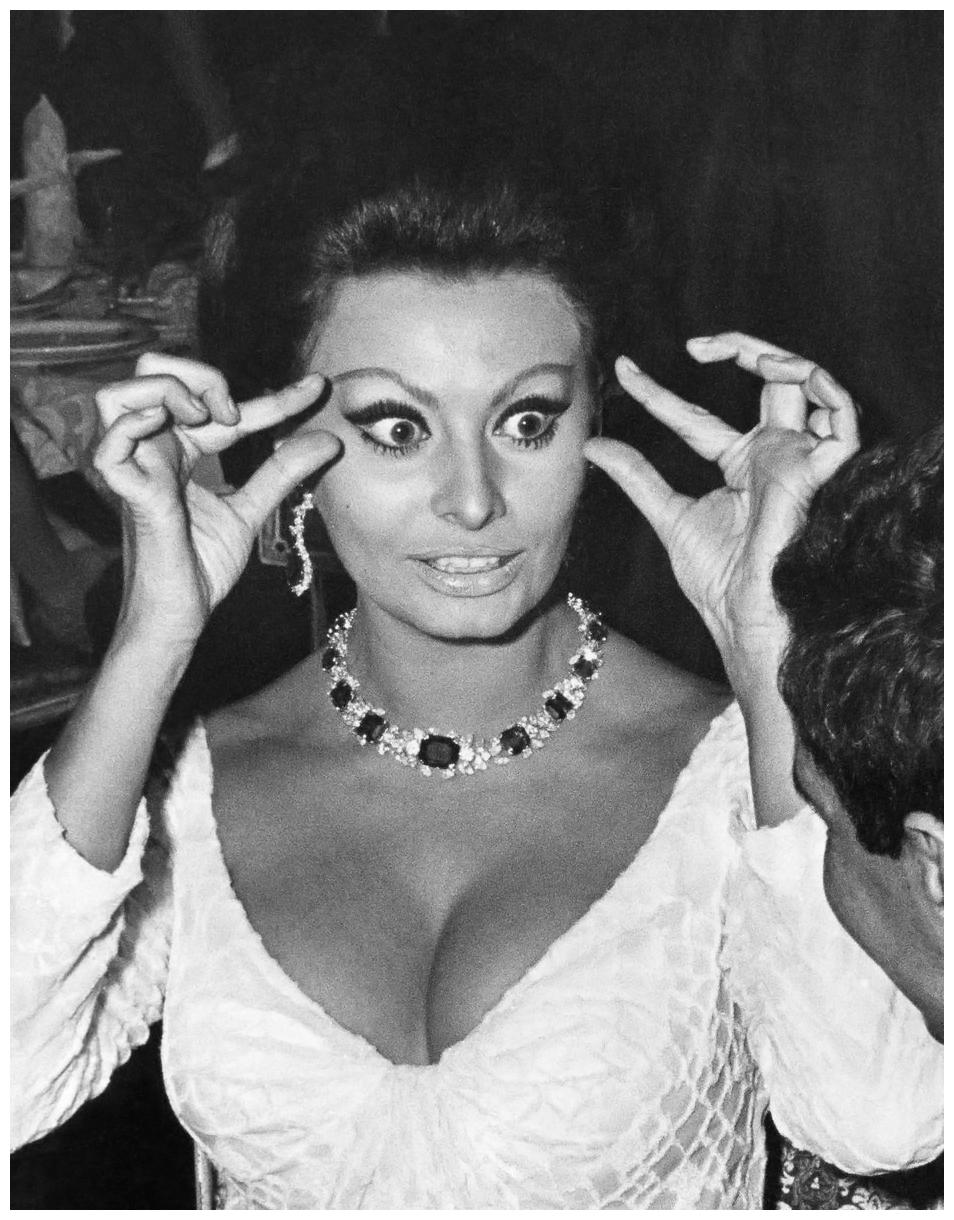 Sophia Loren 169 Pleasurephoto Room Pagina 2
