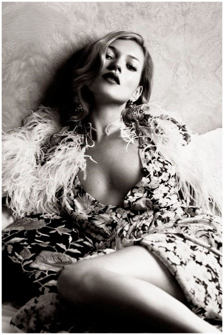 Kate Moss Photo  Lachlan Bailey 2007 c