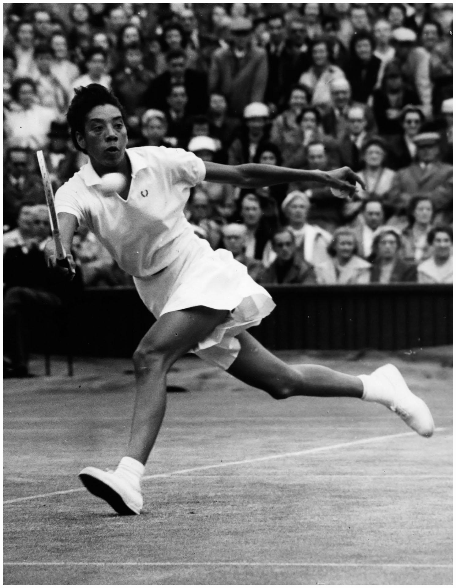 Tennis pro Althea Gibson 1960