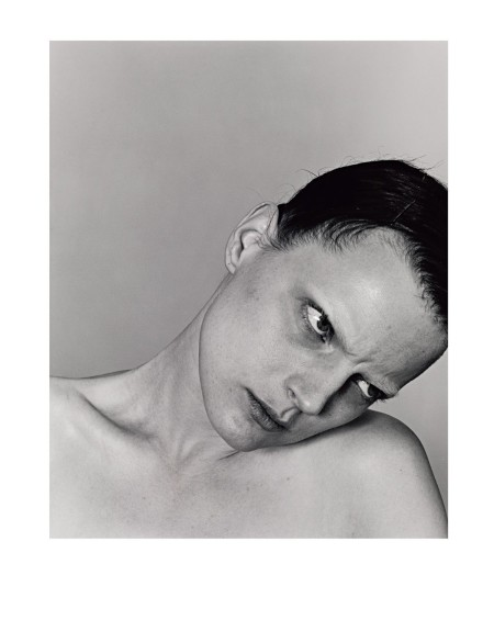 Guinevere-Van-Seenus-In-The-Portrait-Sitting-Richard-Burbridge-5