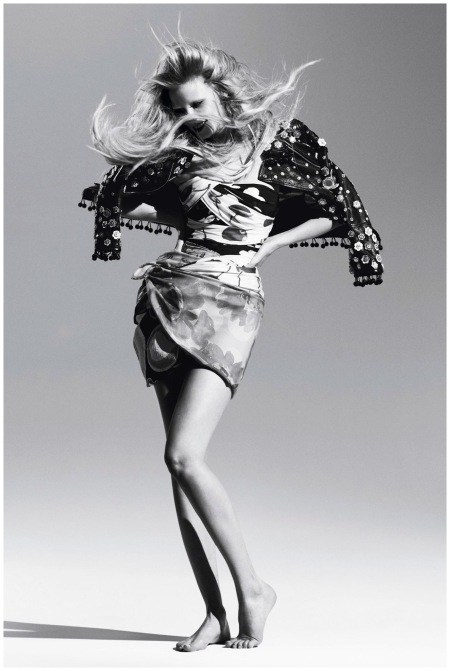 Willy Vanderperre was the photographer at the helm of the January 2010 Vogue shoot, Gypsy Girl b