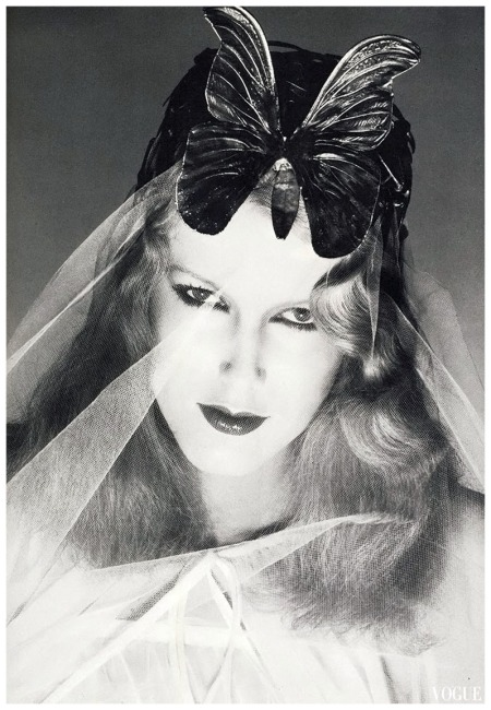 Photo Guy Bourdin 1976 Vogue Carrie Nygren